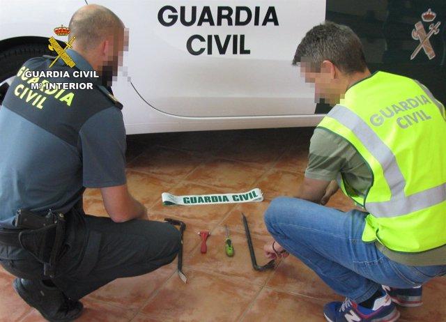 La Guardia Civil Detiene A Los Cinco Integrantes De Un Grupo Delictivo Dedicado