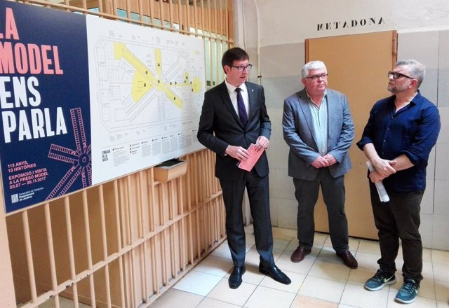 El conseller de Justicia, Carles Mundó, presenta una exposición en La Model