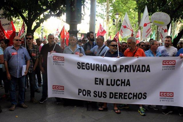 Concentración en Sevilla por el convenio de la seguridad privada.