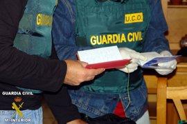 El Congreso llama a doblar el número de agentes de la UCO y la UDEF, con la abstención del PP