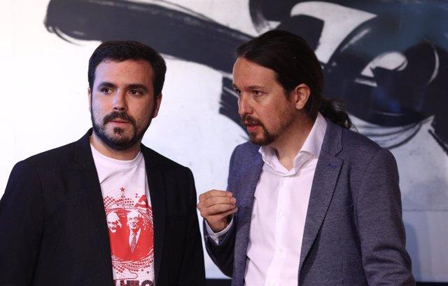 Pablo Iglesias y Alberto Garzón en el homenaje a las víctimas del franquismo