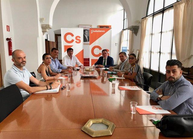 Reunión entre Cs y la plataforma Stop Impuesto de Sucesiones