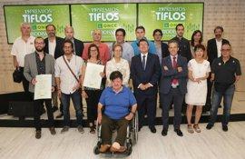 Trabajos de TV3, Radio 5 (RNE), El Español y Hoy Diario de Extremadura, Premios Tiflos de Periodismo de la ONCE