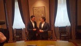 Sánchez y Rivera acuerdan promover la reforma constitucional y la supresión de los aforamientos
