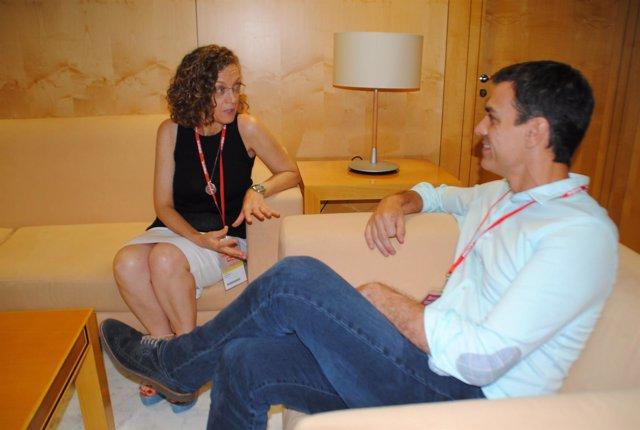 Gloria Rojas, del PSOE de Melilla, junto a Pedro Sánchez