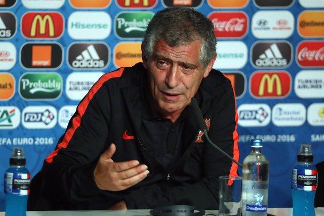 El seleccionador de Portugal, Fernando Santos