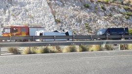 Tres muertos por el accidente de tráfico en Málaga con un guardia civil detenido