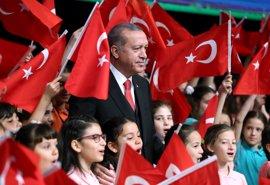 Erdogan pide poder celebrar un mitin con los turcos en Alemania durante su visita por el G-20