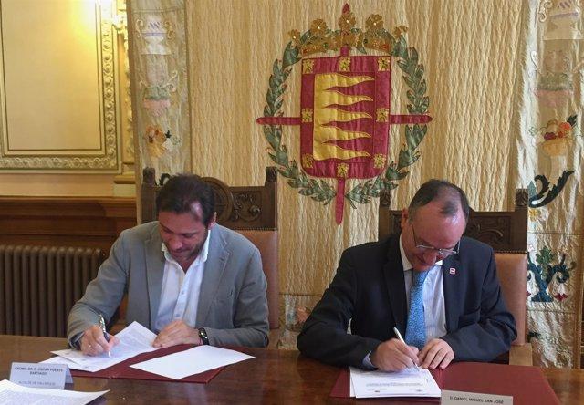 El Alcalde, Óscar Puente, Y El Rector De La UVA, Daniel Miguel San José