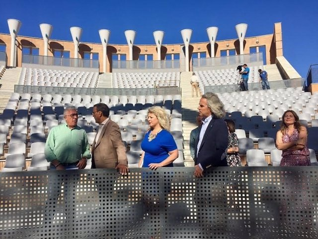 El presidente de la Diputación de Huelva, Ignacio Caraballo, visita el Foro.
