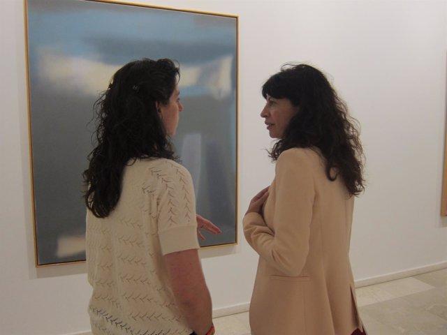 Valladolid. Redondo y Pastrana contemplan un cuadro de Vicente