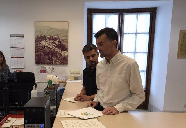 El coordinador general de IULV-CA, Antonio Maíllo, durante el registro