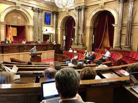 El Parlamento catalán aprueba que sólo se subvencione a medios privados que hagan campaña del 1-O