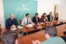 La Junta destina 116.000 euros para el fomento del sector comercial de la provincia de Huelva