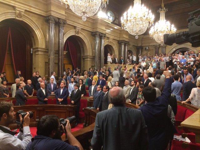 El Parlament declara nulos juicios franquista