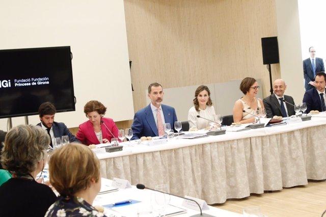 Los reyes presiden el Consejo Asesor de la Fundación Princesa de Girona, FPdGi