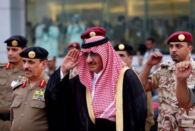 Mohammed Bin Nayef, príncipe saudí recientemente destituido de la corona saudí