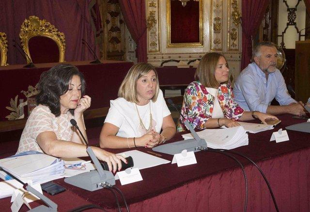 Irene García en el Consejo de Alcaldías de Cádiz