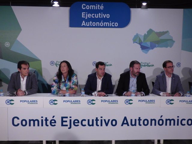 Juanma Moreno, Adolfo Molina, José Antonio Nieto, Loles López y Santiago Cabello