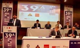 López Miras anuncia un programa de 'segunda oportunidad' para ayudar a reemprender a empresarios con cargas financieras
