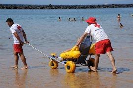 Cruz Roja estará presente este verano en más de veinte zonas de baño de la provincia tinerfeña
