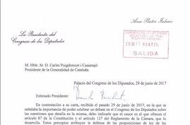 Pastor contesta a Puigdemont que puede ir al Pleno del Congreso si se somete a votación