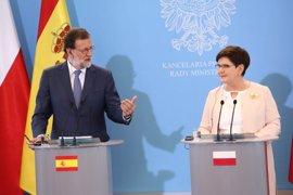 """Rajoy, antes de viajar a Cracovia: """"Vamos a ser campeones de Europa sub 21"""""""