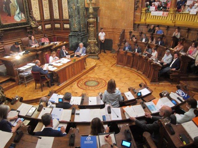 Pleno Municipal Del Ayuntamiento De Barcelona