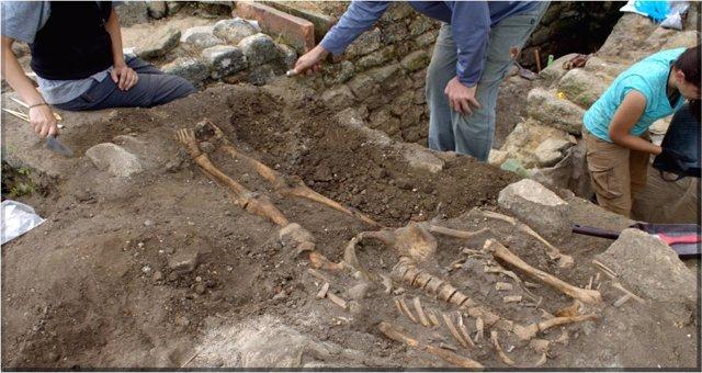 Investigadores descubren pescado de hace 1.700 años y restos óseos
