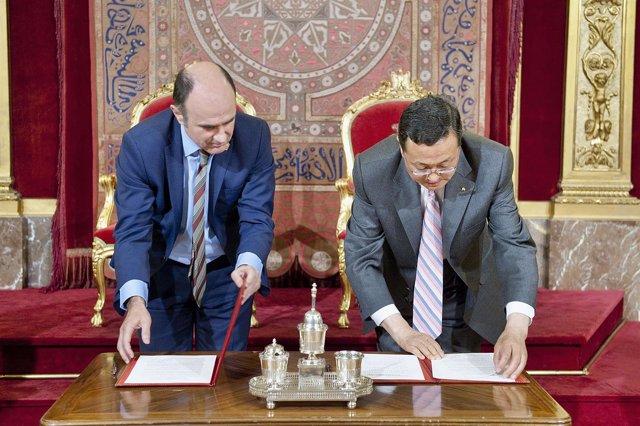 El vicepresidente Ayerdi y el vicepresidente Xiaohu