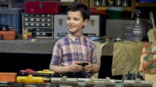 Iain Armitage en 'Young Sheldon'