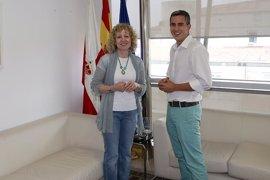 Zuloaga presenta 1.233 avales y Díaz Tezanos 1.160 para ser candidatos a primarias