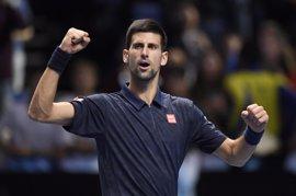 Djokovic apunta al título en Eastbourne antes de Wimbledon