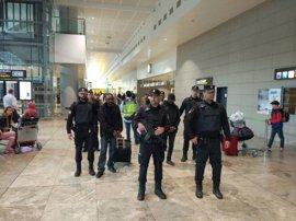 Arrestan al ladrón que robó 20.000 € a dos mujeres en su llegada al aeropuerto de Alicante desde Rusia