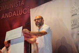 """Mariscal se despide como secretario general del PCA en un congreso """"histórico"""""""