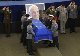 Figuras clave de la política contemporánea dan su último adiós a Helmut Kohl, arquitecto de la reunificación