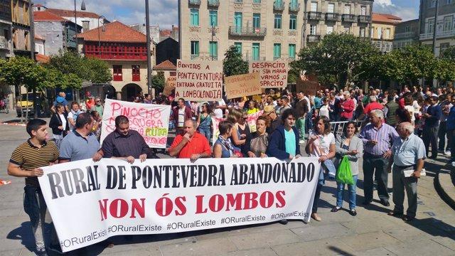 Protesta en Pontevedra contra el abandono del rural