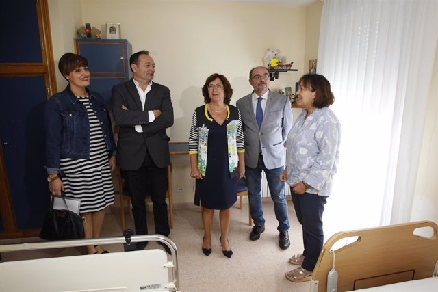 Javier Lambán ha visitado la residencia Hogar Doz de Tarazona.