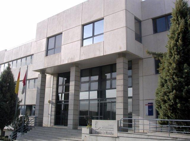 Imagen de la fachada principal de la Consejería de Administraciones Públicas