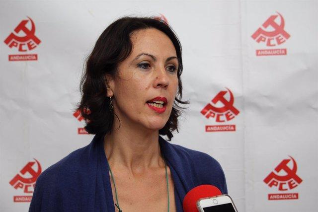 Eva García Sempere atiende a los medios