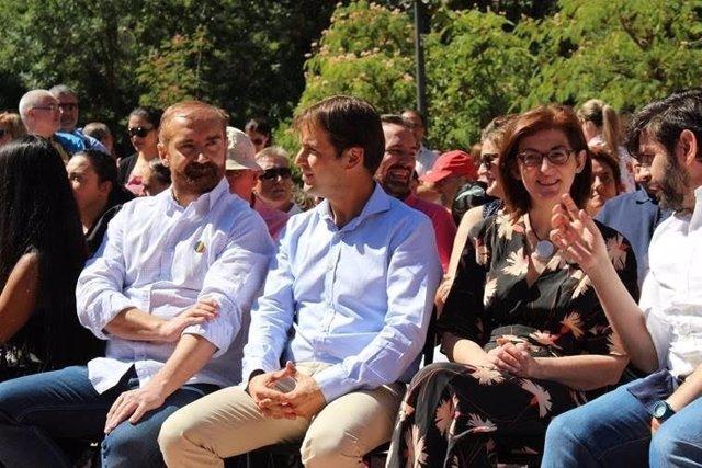 Cristiano Brown y Maite Pagazaurtundúa en el acto de Activa UPYD