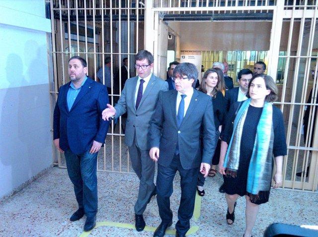 O.Junqueras,C.Mundó,C.Puigdemont.M.Serret,G.Pisarello,A.Colau