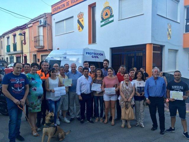 Reyes entrega diplomas a voluntarios de Protección Civil en Sierra Mágina