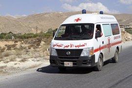 Al menos un niño muerto y otras seis personas heridas por el incendio del campo de refugiados del Becá
