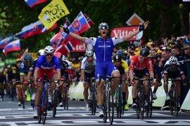 Marcel Kittel se impone al sprint y Thomas sigue líder