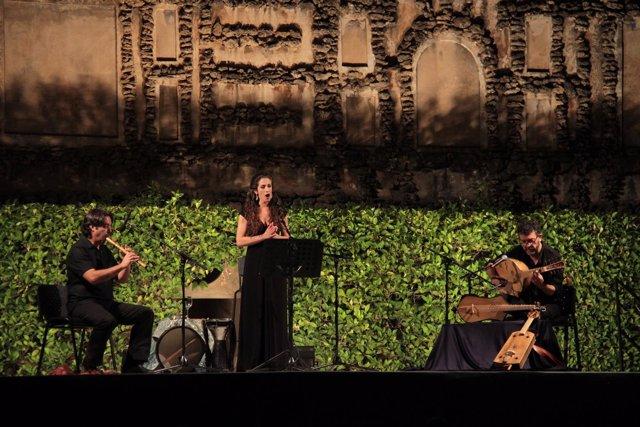 Actuación de las Noches en los Jardines del Real Alcázar de Sevilla