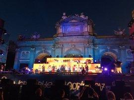 Madrid se despide del WorldPride con una fiesta en la Puerta de Alcalá y pasa el testigo a Nueva York