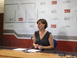 PSOE responde a Guarinos exhibiendo mejoras de gestión en Dependencia, atracción de empresas y listas de espera