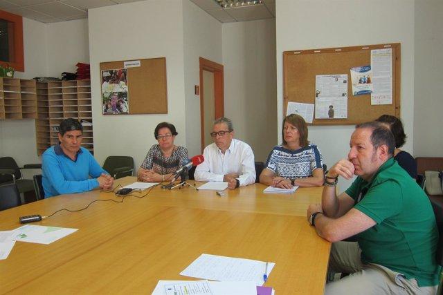 Equipo directivo y miembros del AMPA del IES Alberto Pico