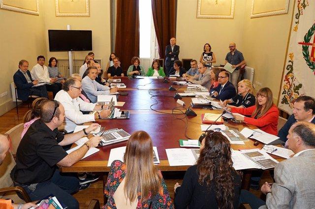 Reunión constitutiva de la Mesa de Seguridad Vial de Valladolid